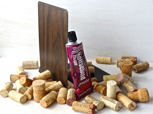 Wine cork bookend