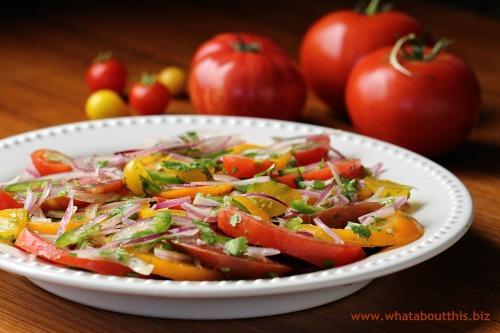 Kachumbari Salad: A Kenyan Tomato Salad