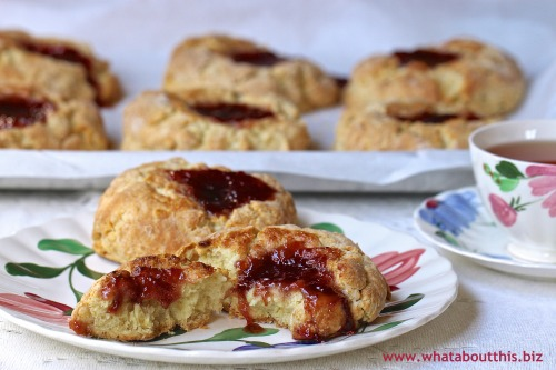 Jammers: Biscuits Topped with Jam