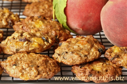 Peach-Oatmeal Cookies